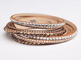 خرید دستبند چرم نگین دار