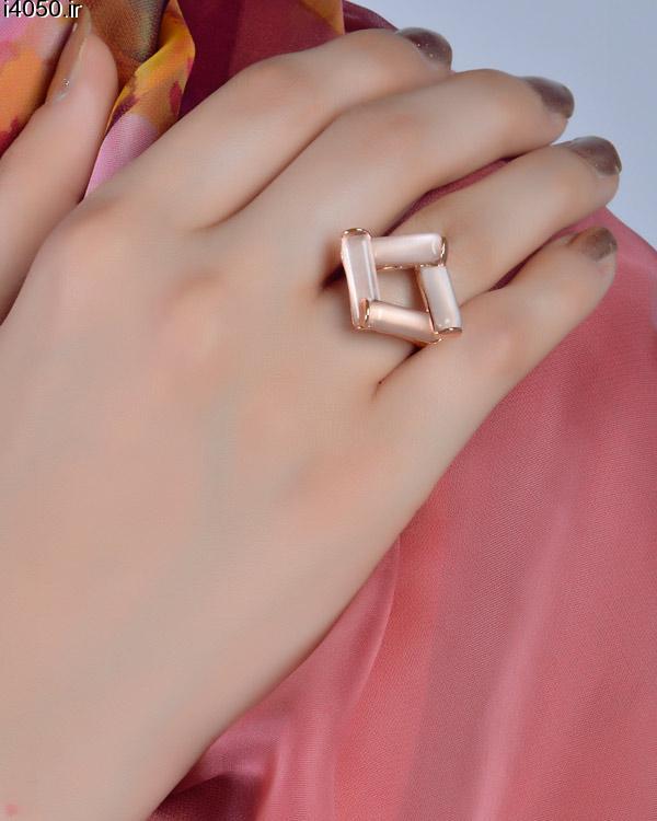 خرید انگشتر با سنگ مستطیلی