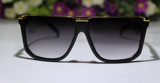 خرید اینترنتی ارزان عینک آفتابی پرادا مدل فلت