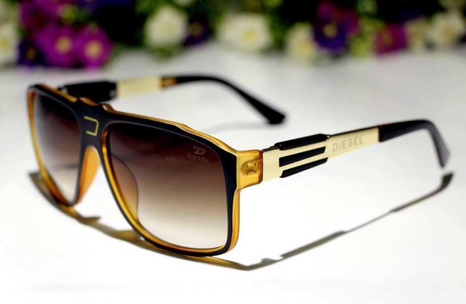 خرید اینترنتی ارزان عینک آفتابی دیزل مدل تری لاین