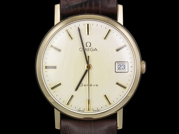 خرید پستی جدید ساعت بند چرمی طرح Omegaارزان